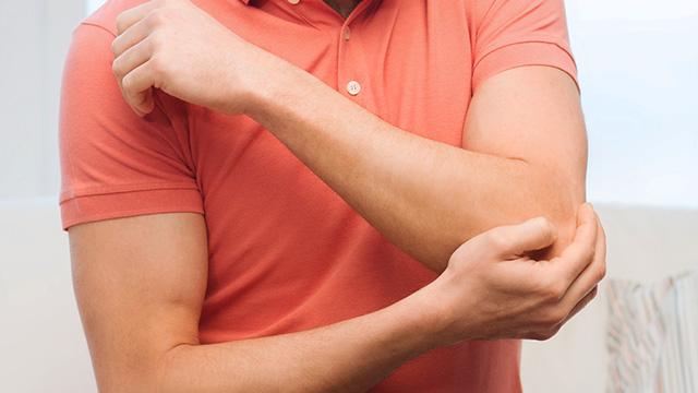 変形性肘関節症の症状・原因・治療方法
